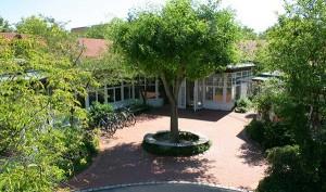 Blick auf das Dietrich-Bonhoeffer-Gemeindezentrum